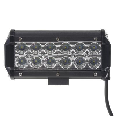 LED světlo na pracovní stroje 10-30V, 12x3W